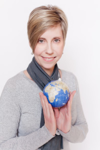 Half-length w_blue globe